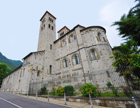Image relating to Basilica di Sant'Abbondio #2