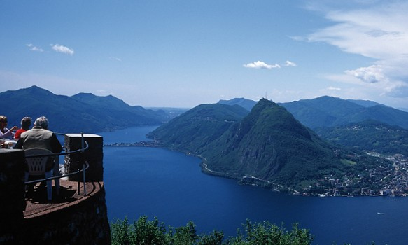 lugano day trip explore lake como. Black Bedroom Furniture Sets. Home Design Ideas