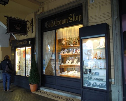 Image relating to Gold Crown Shop #7