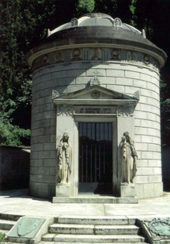 Image relating to Alessandro Volta Tomb #0