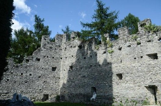 Image relating to Castello di Vezio #11